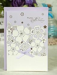 Floral Cut Out Lilas Carte de voeux à trois volets pour l'anniversaire