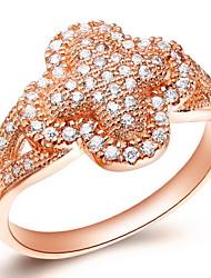 Lussureggiante Sliver o d'oro con anello Cubic Zirconia donna Clover (2 Pc)