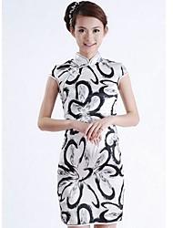 Collier Mode féminine cultivent sa robe de moralité