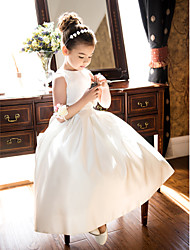 Lanting Bride A-line / Princess Tea-length Flower Girl Dress - Satin Sleeveless Jewel with Bow(s) / Ruching