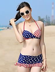 Mulheres usado uma variedade de estrelas Stripes Bikini