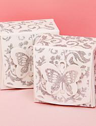 12 piezas / titular favor set - cajas del favor tarjeta de papel cuboides relucientes de plata con la parte superior de la mariposa
