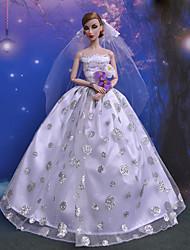 Poupée Barbie Princesse Wisteria Style vestimentaire noce