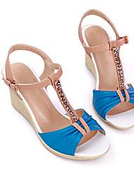 Damen Sandalen Pumps PU Sommer Normal Kleid Party & Festivität Schnalle Keilabsatz Beige Blau Farbbildschirm 5 - 7 cm