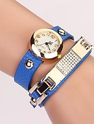 C & D de femmes mettent vis rivet bracelet femmes s'habillent montres xk-62