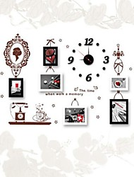 Photo Frame  Set of 6  with Wall Sticker & Clock