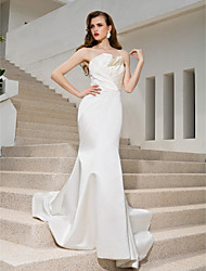 Mermaid / Trumpet Strapless Sweep / Brush Train Satin Wedding Dress with Criss-Cross Draped Side-Draped by LAN TING BRIDE®