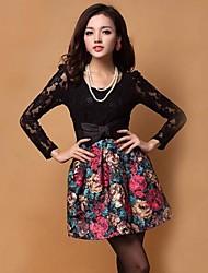 Lace Moda de impressão da Mulher Mini Dress (padrão de localização aleatória)