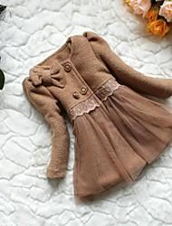 Fille d'hiver de luxe en laine robe