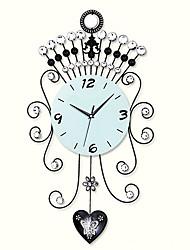 """25 """"элегантным часы стеклянная стена с тренировками"""