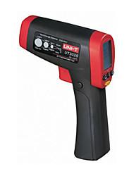 UNI-T UT302B Non-Contact IR Laser Infrared Digital Thermometer 20:1 Temperature Laser Gun (-32~550℃)