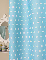 Light Blue Polka Dots Duschvorhang