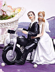 Cake Topper Non-personalized Vehicle / Classic Couple Resin Bridal Shower / Wedding White / Black Garden Theme / Classic Theme Gift Box