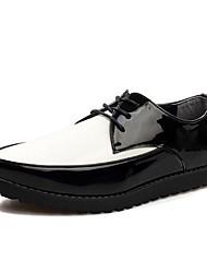 Zapatos de Hombre Oficina y Trabajo/Casual Cuero Oxfords Negro/Blanco