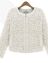 XT Western Style Fur Coat_149 (Black,White)