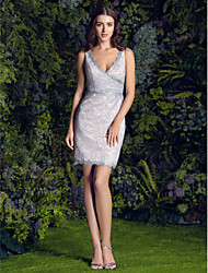 Lanting Bride® Short / Mini Lace Bridesmaid Dress Sheath / Column V-neck Plus Size / Petite with