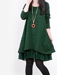 kvinnors rund krage flora print sömmar lös långärmad T-en-line plus size dress