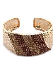 magnifiques cristaux clairs shinning avec bracelet de sculpture délicate