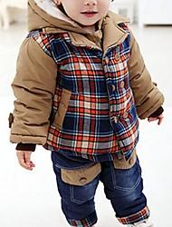 menino é com o inverno grossa de algodão acolchoado roupas terno