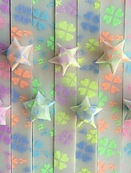 30 PCS Fluorescent Effect Clover Pattern Lucky Star Origami Materials (Random Color)