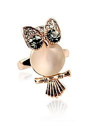 Viennois Lovely Owl With Opal and Austria Crystal Diamond Ring