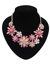 Women's Gorgeous Cluster Flowers Bib Statement Necklace
