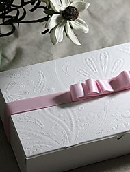 Elegant Embossed Relief Macarons Box Set Of 6 (Not Including The Ribbon)