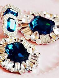 luxuoso cristal brincos de strass coração leo mulheres
