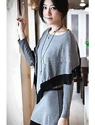 borla de la manera embelleció falso de dos piezas gris blusa