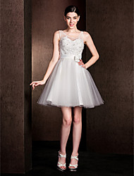Lanting Bride® Short / Mini Lace Bridesmaid Dress - A-line Jewel Plus Size / Petite with Bow(s) / Lace
