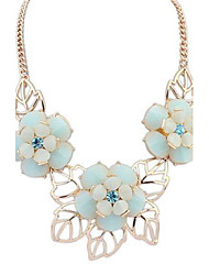 European Style Sweet and Fresh Flowers Necklace (More Colors)