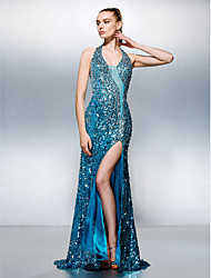 TS Couture® Formal Evening Dress - Furcal Plus Size / Petite Sheath / Column Halter Court Train Sequined with Beading