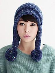 Damenmode mit Ball Stricken Hut