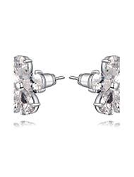 la mode féminine belle boucle d'oreille en argent en alliage de zircon stud à cinq pétales cristaux de forme (1 paire)