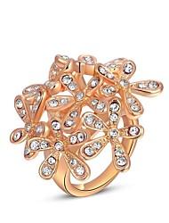 austria cristal europeu das mulheres subiu cinco flores, pétalas de liga leve de instrução anéis de ouro (1 pc)