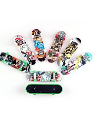 50Pieces/Lot Toys for Children Finger skateboard with Abrasive Paper and Pretty patterns