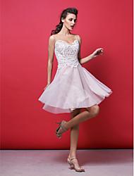vestido de cóctel del regreso al hogar - sonrojándose rosa una línea / princesa joya rodilla-longitud de encaje / tul