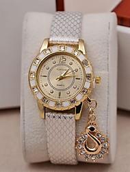 Mulheres Relógio de Moda Relógio de Pulso Simulado Diamante Relógio Quartzo imitação de diamante PU Banda PendentePreta Branco Azul