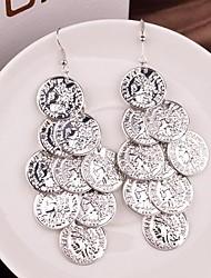 brincos das mulheres gota de moda liga de queda moeda de libra multinível (ouro, prata) (1 par)
