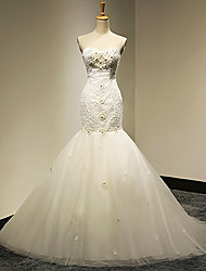 Trumpet / Mermaid Petite / Plus Sizes Wedding Dress Cathedral Train Sweetheart with