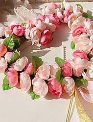 forme de coeur accroché un décor de fleurs
