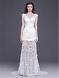 Sheath/Column Floor-length Wedding Dress -V-neck Tulle