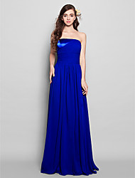 Lanting Bride® Floor-length Chiffon Bridesmaid Dress Sheath / Column Strapless Plus Size / Petite with Side Draping / Ruching