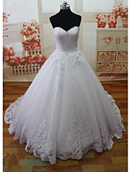 A-line Wedding Dress-Court Train Sweetheart Lace / Tulle