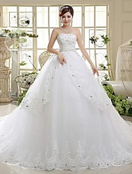 A-line Wedding Dress Chapel Train / Floor-length Strapless Lace with