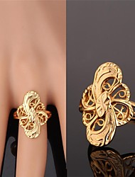 Ring Wedding / Party / Daily / Casual / Sports Jewelry Alloy / Gold Plated Women Band Rings 1pc Gold