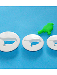 FOUR-C Plastic Round Fondant Cutter, Cake Decorating Tools, Cake Cutter Mould Set of 3