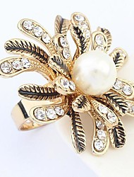 Tina -- European and American Fashion Pearl Ring in Party
