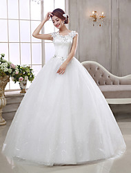 Ball Gown / Princess Wedding Dress-Floor-length V-neck Tulle
