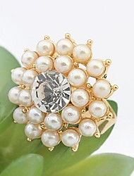 Tina -- Korean Elegant Rhinestone Fashion Ring in Party